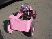 Продам педальную машину