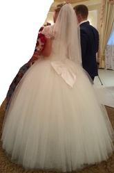 Продам свадебное платье цвета Айвори коллекции 2014 года!