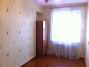 Продам 2-к квартиру,  43кв.м.,  в кирпичном 9-этажном доме.